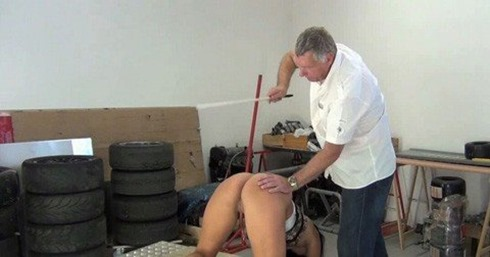 katty-and-her-caning